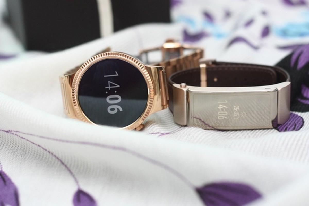Mo hop dong ho Huawei Watch, gia 25 trieu dong tai Viet Nam-Hinh-16