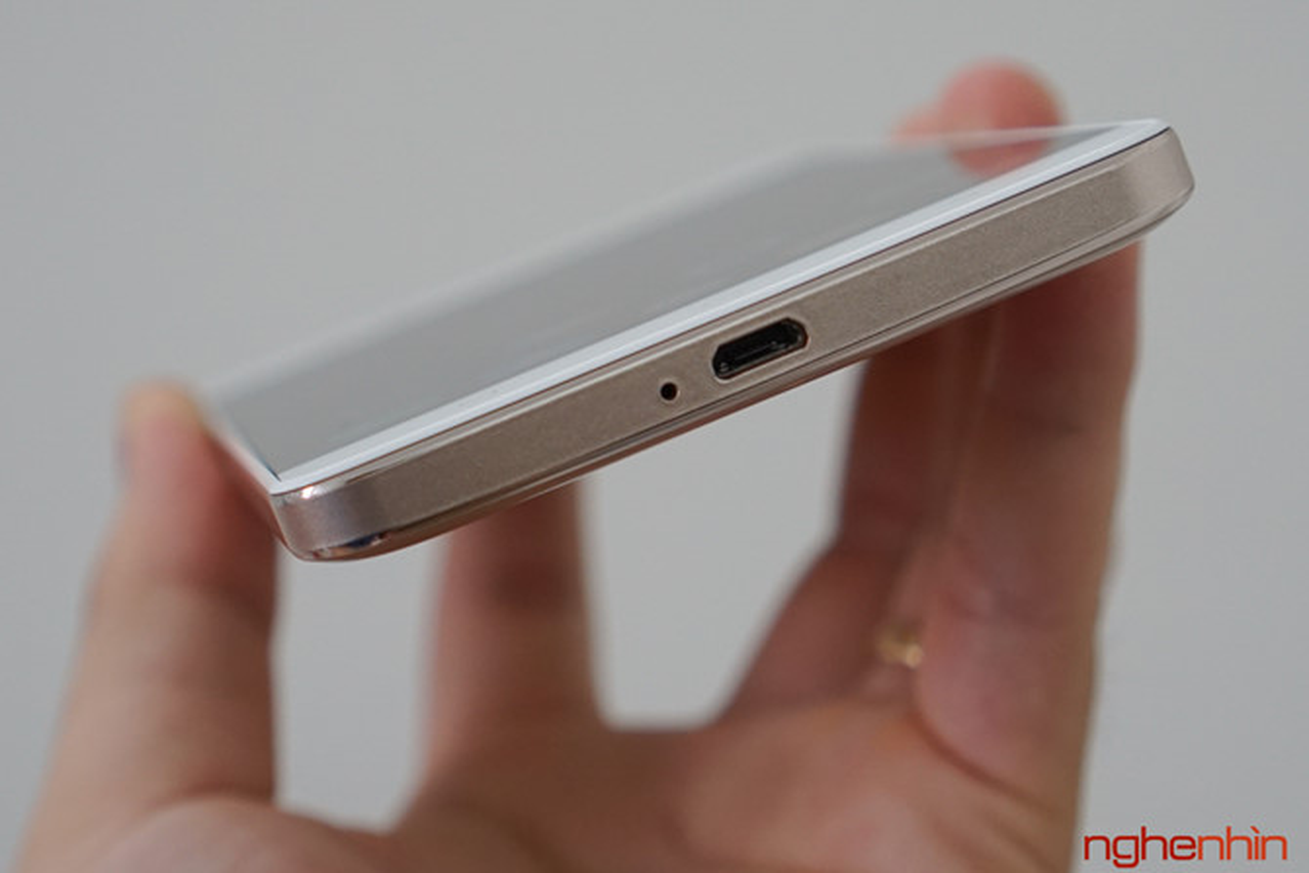 Tren tay dien thoai Lenovo K5 Note dung chip Helio P10-Hinh-7
