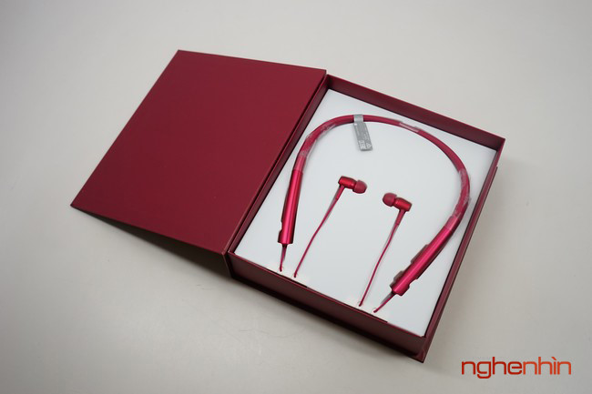 Mo hop tai nghe Sony MDR-EX750BT ho tro nghe nhac Hi-Res-Hinh-3