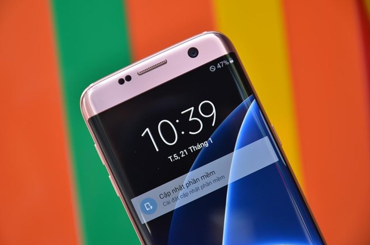Mo hop dien thoai Samsung Galaxy S7 edge vang hong dau tien o VN-Hinh-7