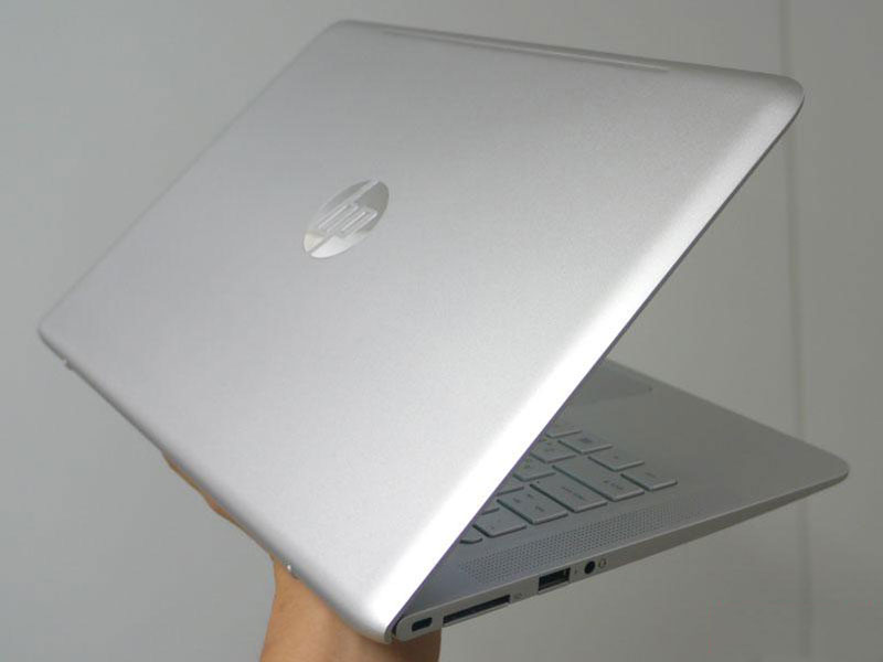 Ngam HP Envy 13: Laptop vo kim loai, mong hon MacBook Air-Hinh-10