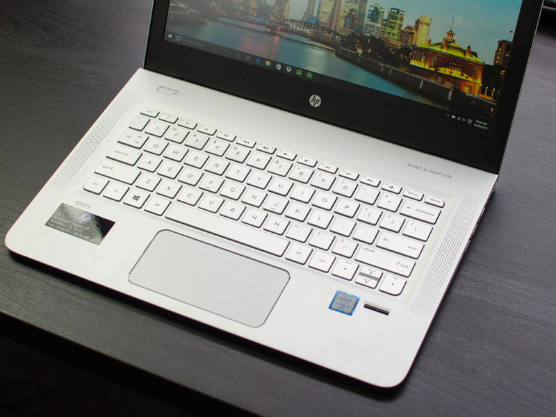 Ngam HP Envy 13: Laptop vo kim loai, mong hon MacBook Air-Hinh-23