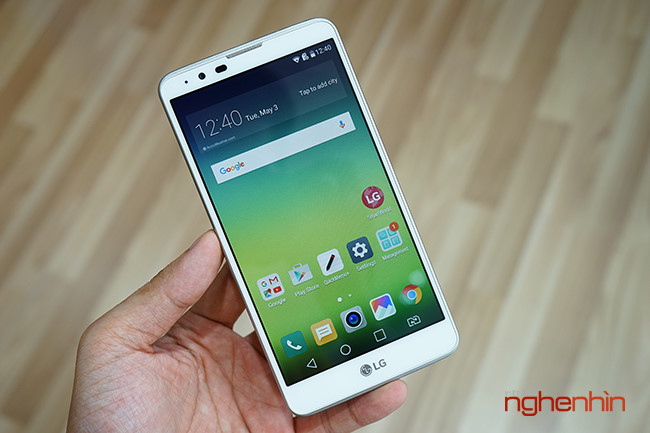 Tren tay dien thoai LG Stylus 2, phablet gia re co but cam ung-Hinh-2