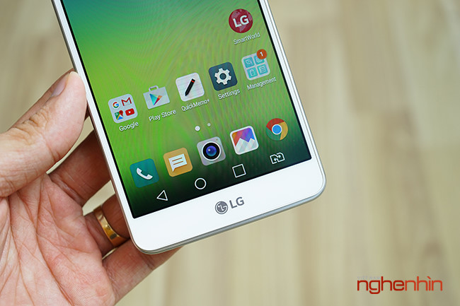 Tren tay dien thoai LG Stylus 2, phablet gia re co but cam ung-Hinh-5