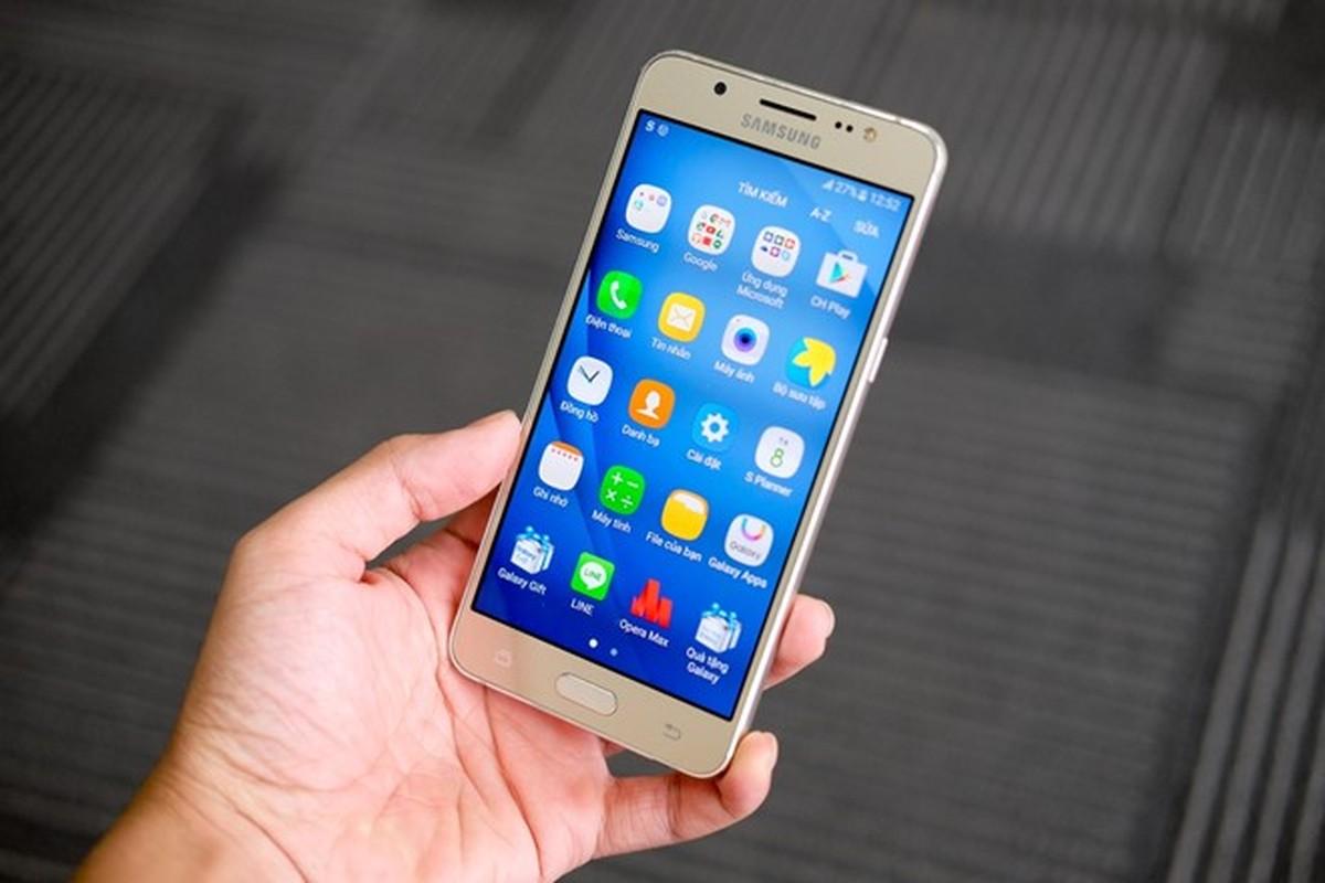 Mo hop dien thoai Samsung Galaxy J5 va J7 phien ban 2016-Hinh-10