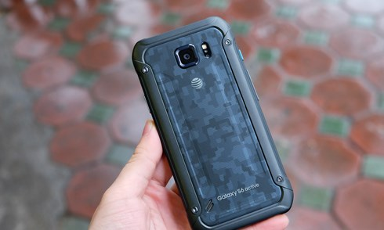 Top smartphone chong nuoc cho mua du lich-Hinh-7