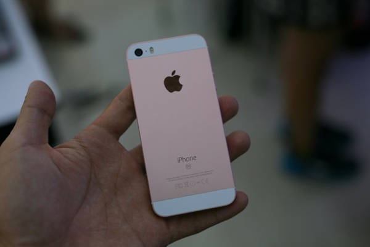 Mo hop dien thoai iPhone SE chinh hang tai Viet Nam-Hinh-8