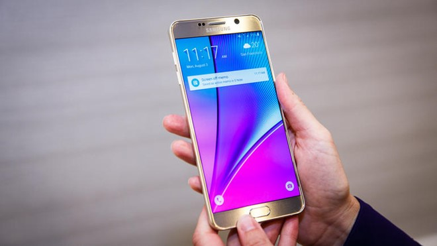 5 smartphone cao cap gia tam trung tai Viet Nam