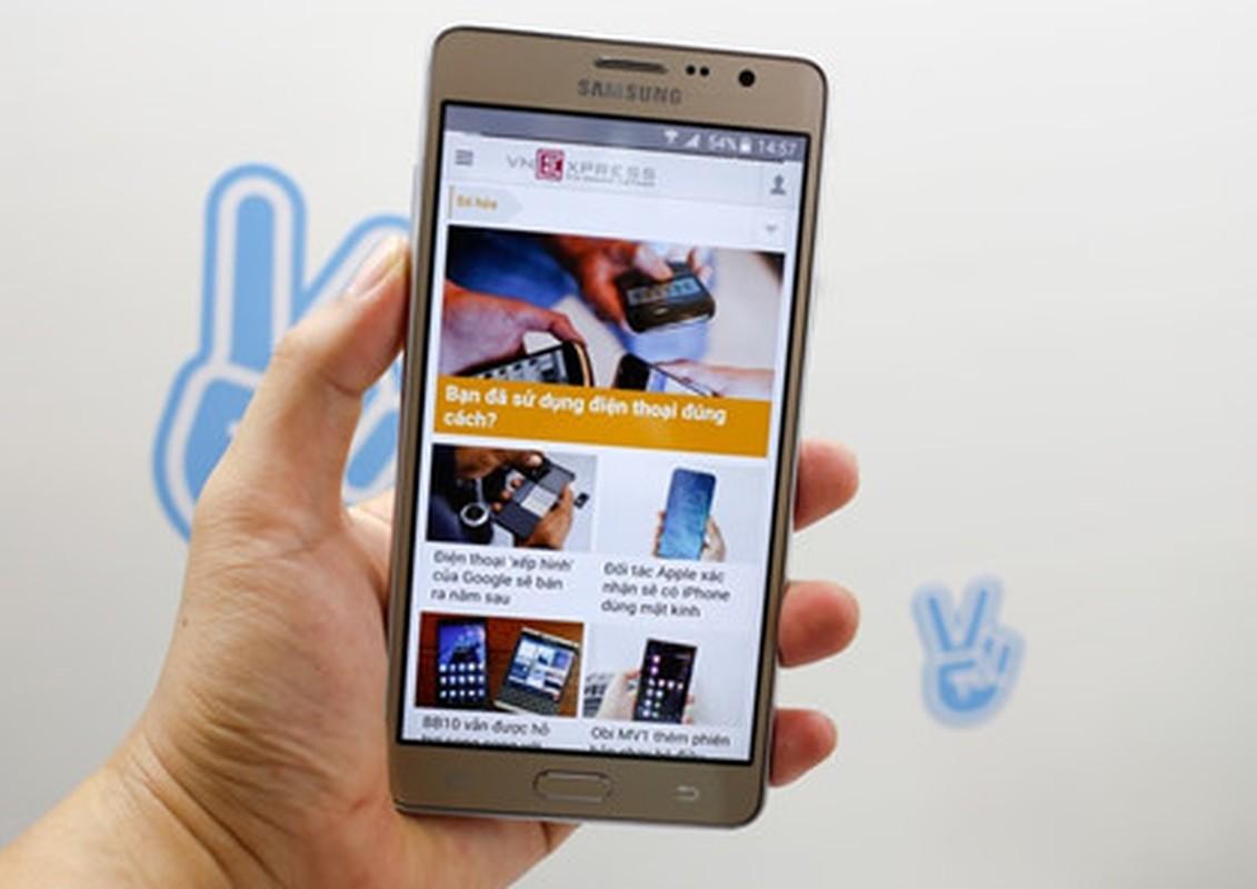 Can canh dien thoai Samsung Galaxy On7 sap tung ra thi truong-Hinh-2