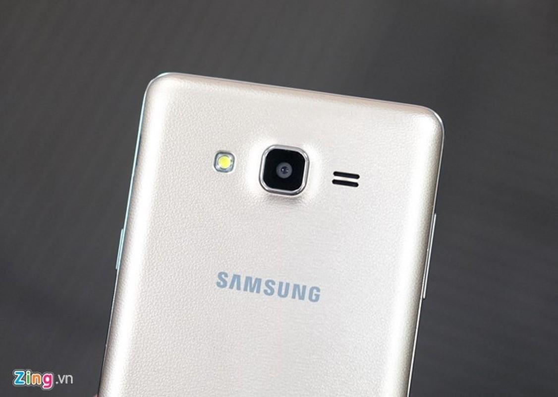 Tren tay dien thoai Samsung Galaxy On7 vua len ke-Hinh-6