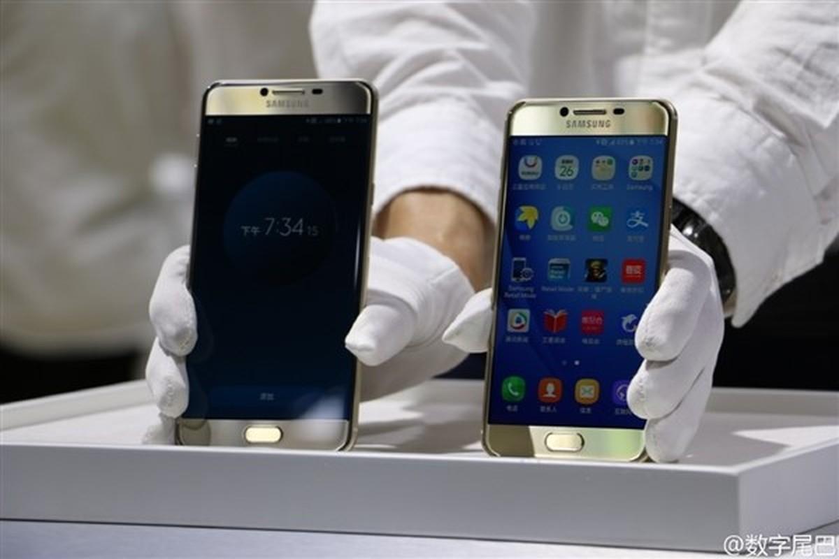 Anh thuc te 2 dien thoai sieu mau Samsung Galaxy C5, C7-Hinh-13