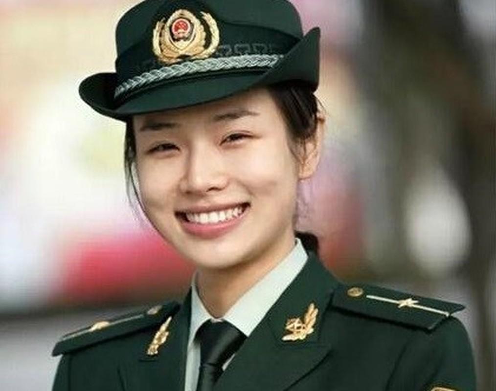 Chan dung nu quan nhan xinh dep tai Hoi nghi thuong dinh G20-Hinh-4