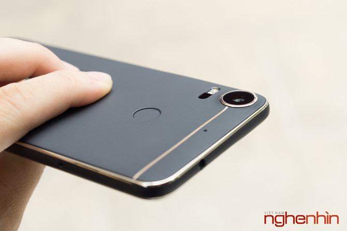Danh gia nhanh HTC Desire 10 Pro dau tien tai Viet Nam-Hinh-7