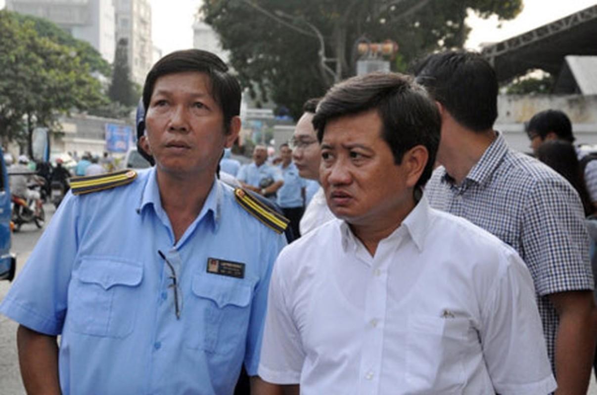 Ong Doan Ngoc Hai chi dao pha tuong gan toa nha Bo Cong thuong