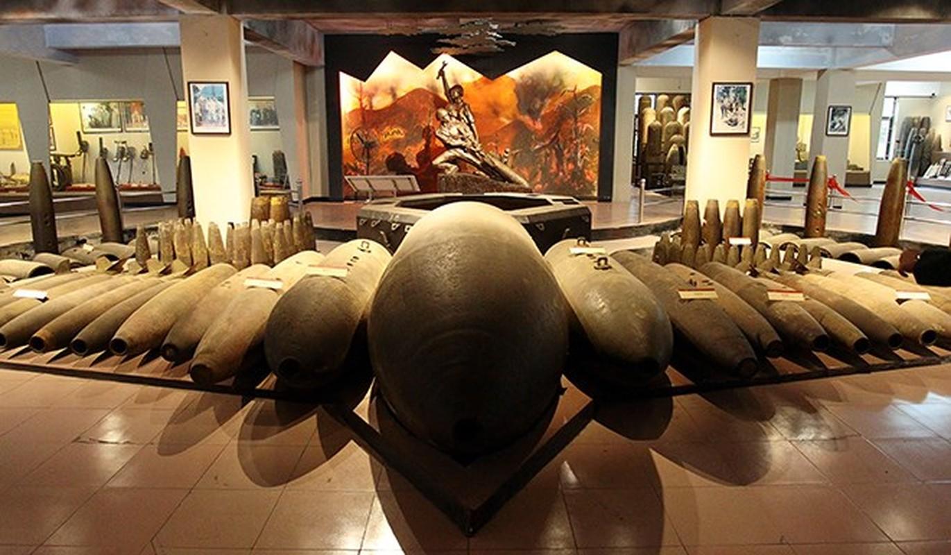 Cận cảnh loại bom M118 vừa được trục vớt tại chân cầu Long Biên - Ảnh 3