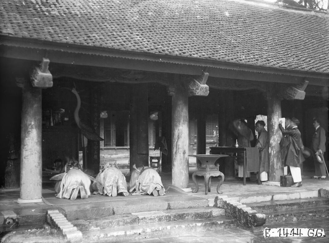 Dien mao Van Mieu - Quoc Tu Giam thap nien 1920-Hinh-11