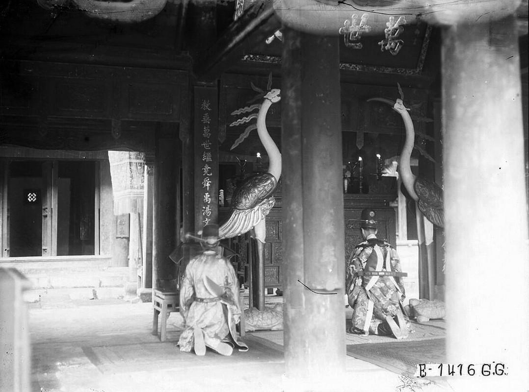 Dien mao Van Mieu - Quoc Tu Giam thap nien 1920-Hinh-12