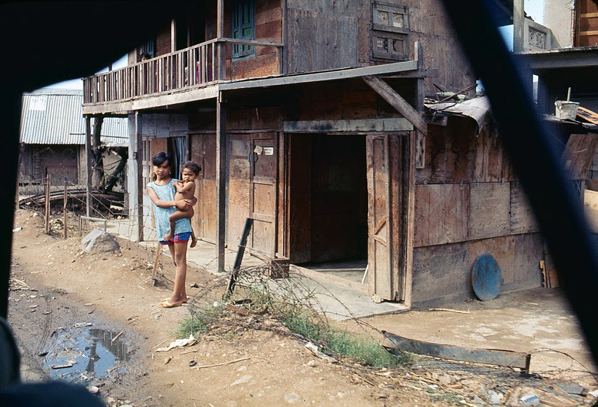 Hinh anh sinh dong cua Binh Dinh nam 1969-1970-Hinh-10