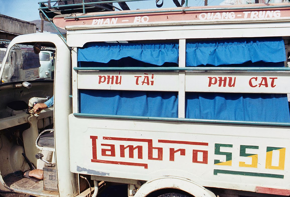 Hinh anh sinh dong cua Binh Dinh nam 1969-1970-Hinh-5