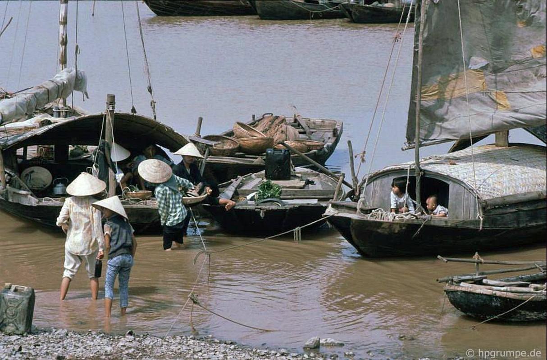 Kham pha thien duong bien Bai Chay dau thap nien 1990-Hinh-8