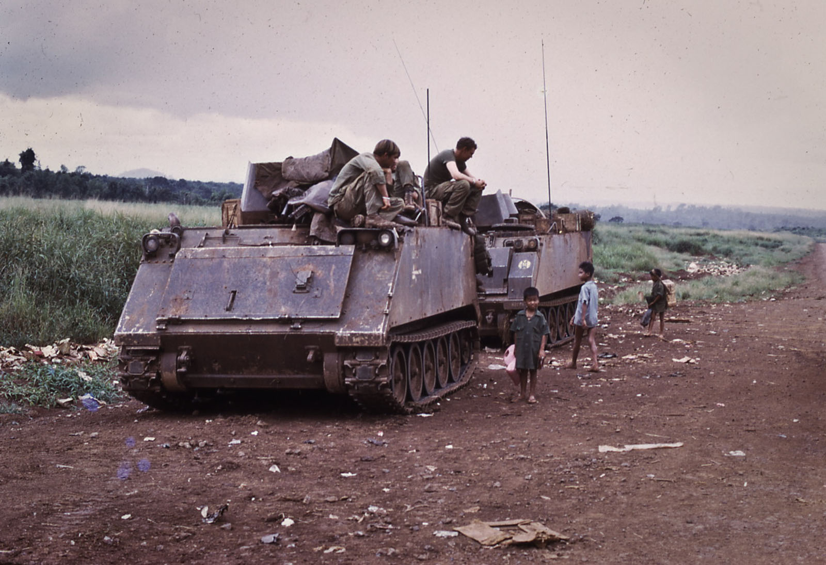 Mien Nam nam 1970 qua ong kinh cuu binh My-Hinh-10