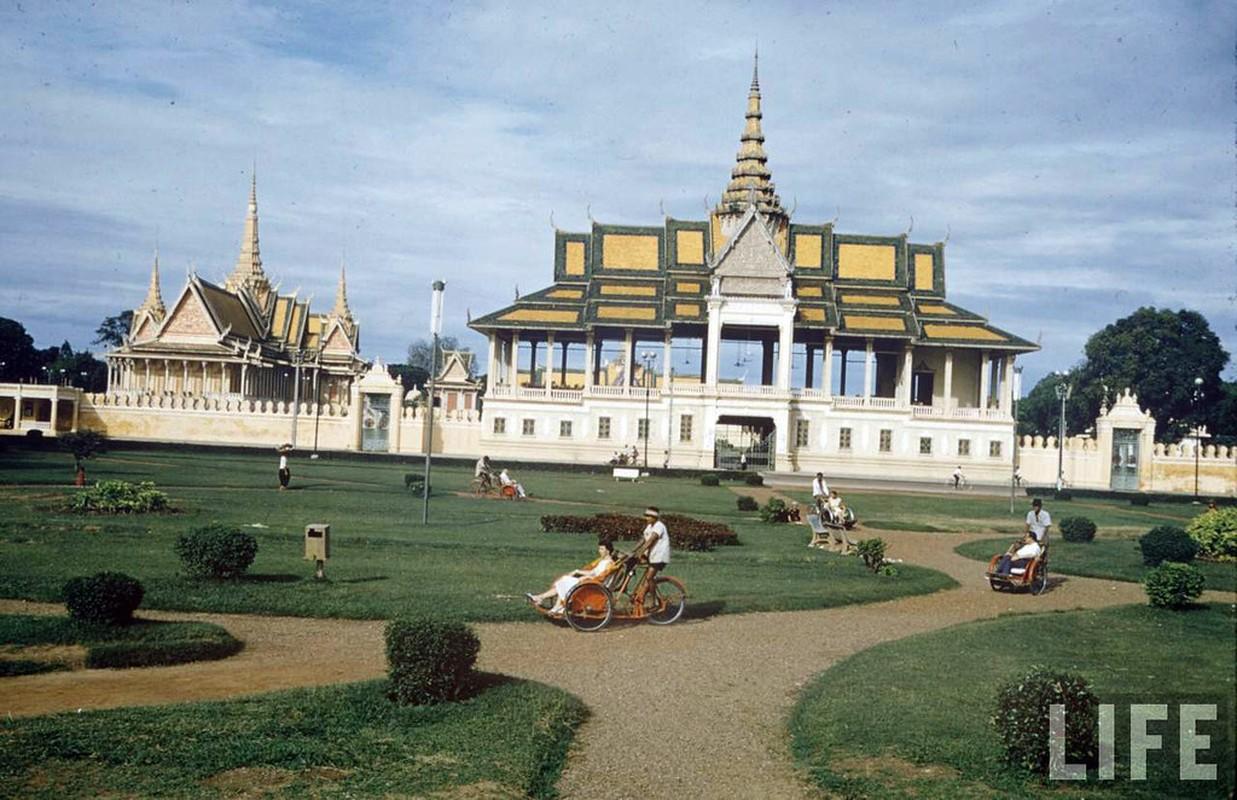Campuchia truoc 1975 qua anh mau tuyet dep cua tap chi Life-Hinh-2