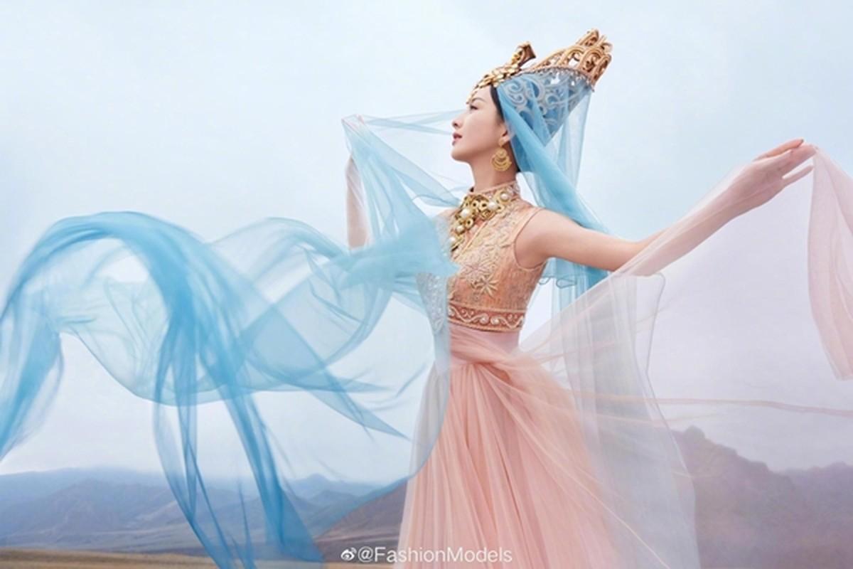 Khong phai Dich Le Nhiet Ba, day moi la my nhan Tan Cuong dep nhat Cbiz-Hinh-6