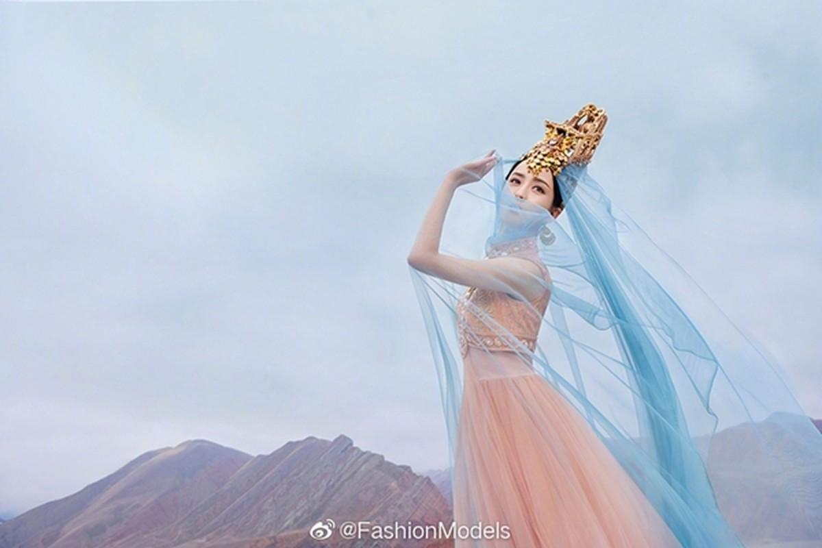 Khong phai Dich Le Nhiet Ba, day moi la my nhan Tan Cuong dep nhat Cbiz-Hinh-7