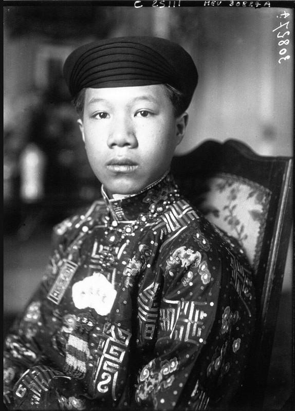 Hinh doc ve thoi tre o nuoc ngoai cua vua Bao Dai-Hinh-3