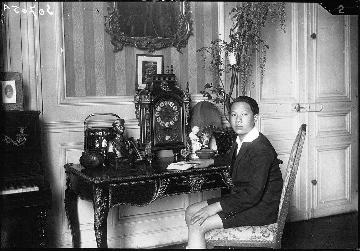 Hinh doc ve thoi tre o nuoc ngoai cua vua Bao Dai-Hinh-5