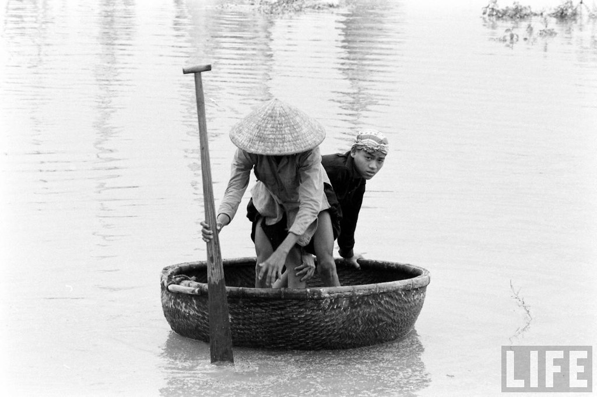 Can canh cuoc song cua dan ngheo o Hue nam 1961-Hinh-9