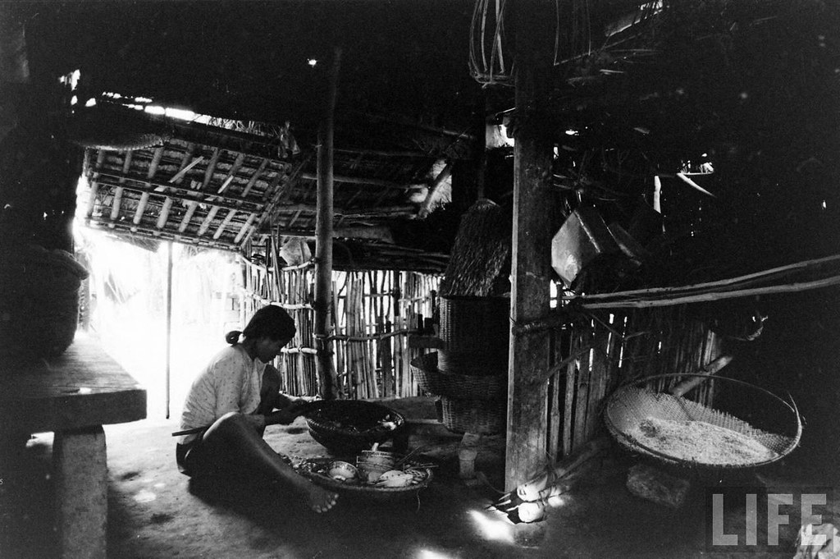 Can canh cuoc song cua dan ngheo o Hue nam 1961
