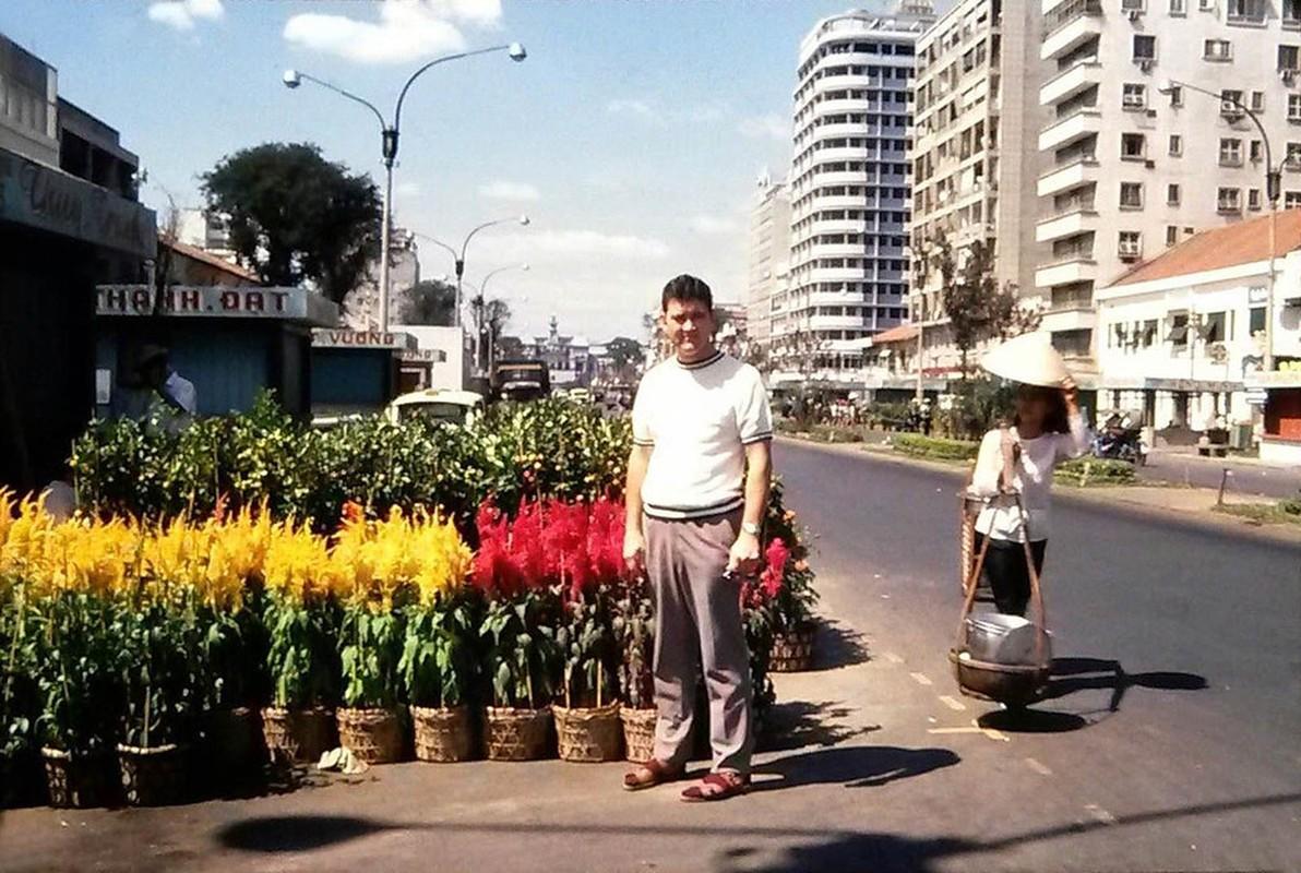 Cuc doc cho hoa Tet Sai Gon 1971 qua anh cua nguoi My-Hinh-6