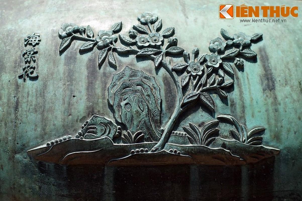 Kham pha hinh tuong cac loai hoa tren Cuu dinh nha Nguyen-Hinh-6