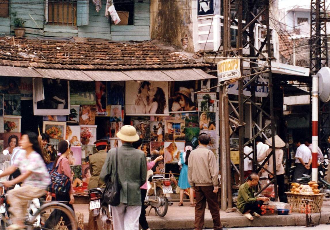Anh cuc doc chua mot lan tiet lo ve Ha Noi nam 1994-Hinh-3