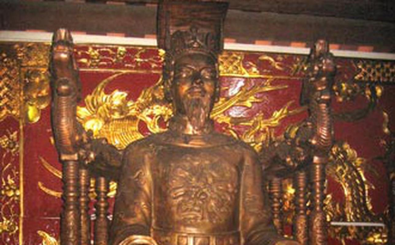 Diem danh cac vua chua tuoi Ty vang danh lich su Viet Nam-Hinh-3