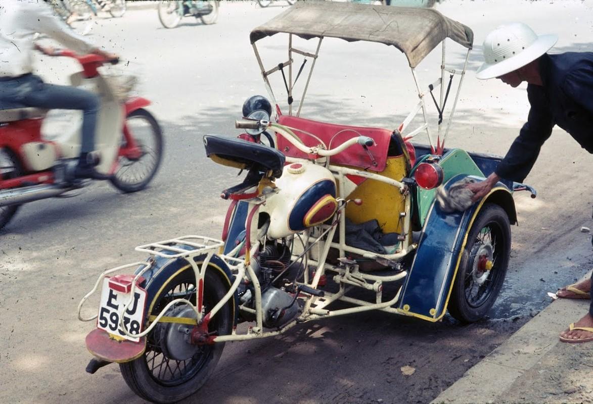 Soi phuong tien giao thong doc dao nhat Sai Gon truoc 1975-Hinh-9