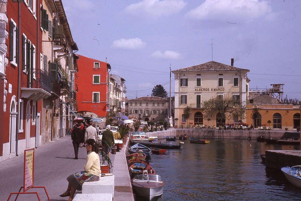 Me man voi cuoc song thanh binh o Italia thap nien 1960-Hinh-8