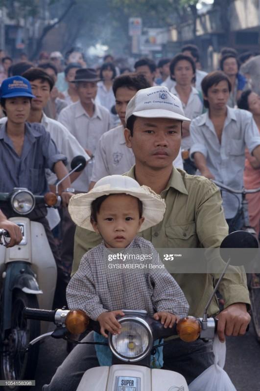 Viet Nam dau thap nien 1990 qua ong kinh Gysembergh Benoit-Hinh-7
