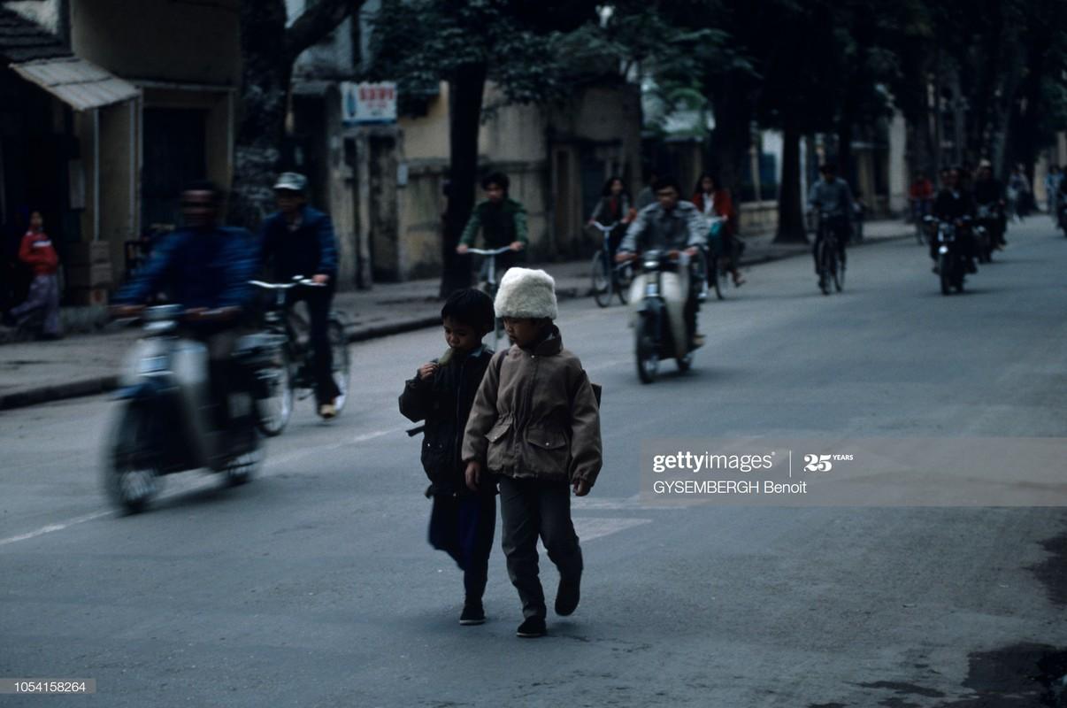 Viet Nam dau thap nien 1990 qua ong kinh Gysembergh Benoit-Hinh-9