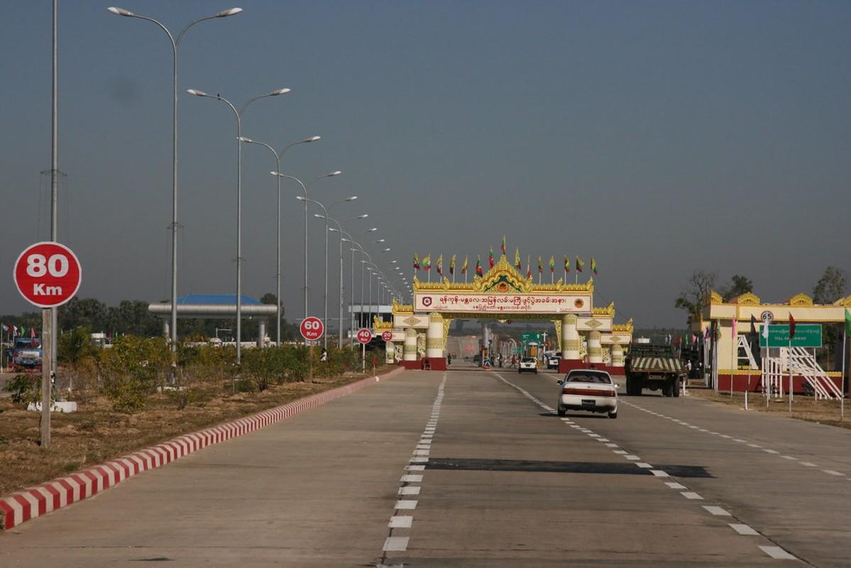 Vi sao Myanmar doi thu do nam 2005?-Hinh-2