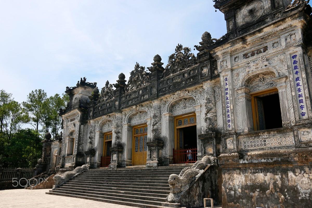 Lang vua Khai Dinh dep la thuong qua ong kinh khach Tay-Hinh-7