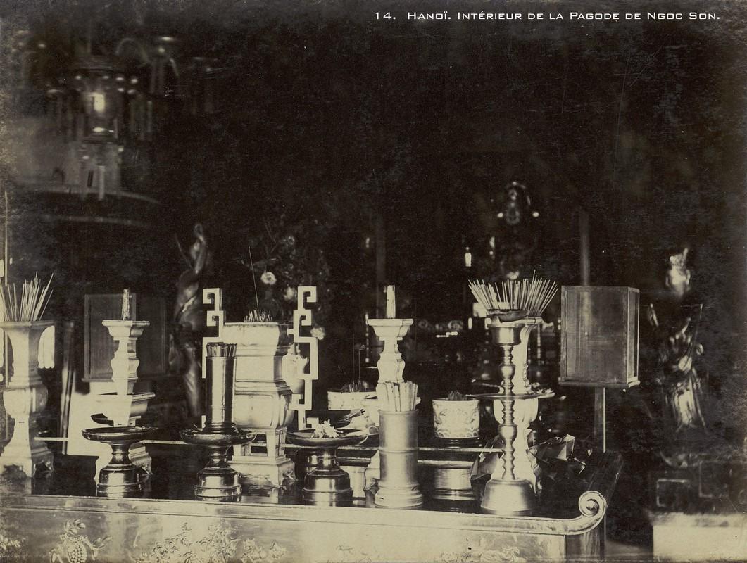 Anh hiem ve cac den chua noi tieng Ha Noi nam 1899-Hinh-2