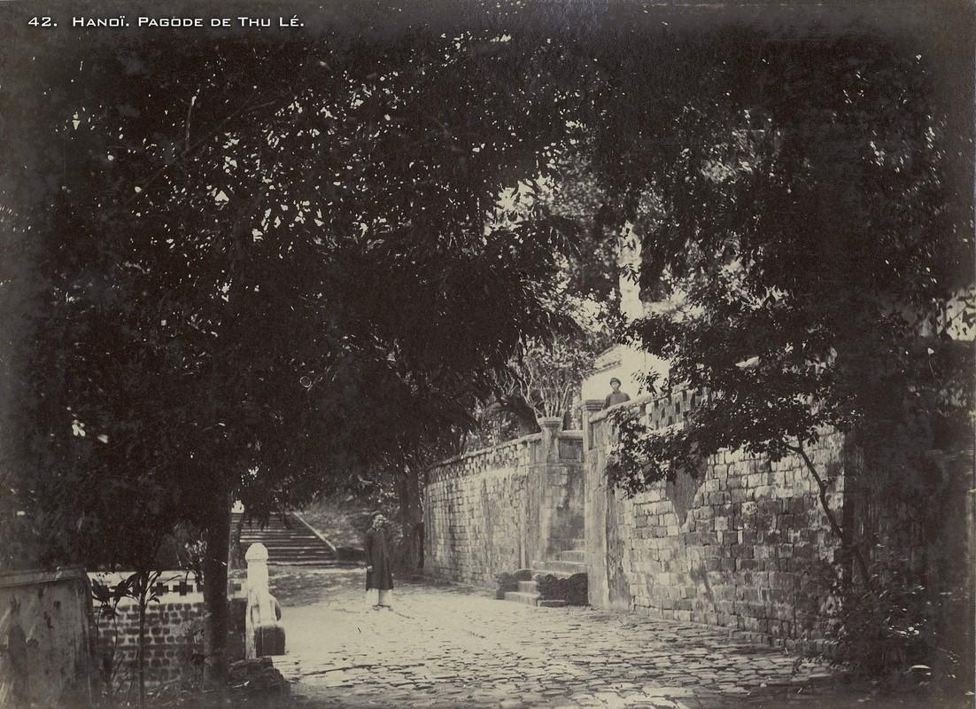 Anh hiem ve cac den chua noi tieng Ha Noi nam 1899-Hinh-8
