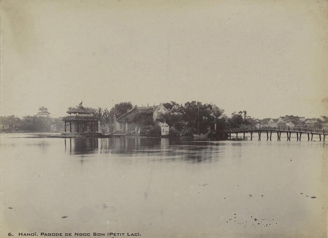 Anh hiem ve cac den chua noi tieng Ha Noi nam 1899