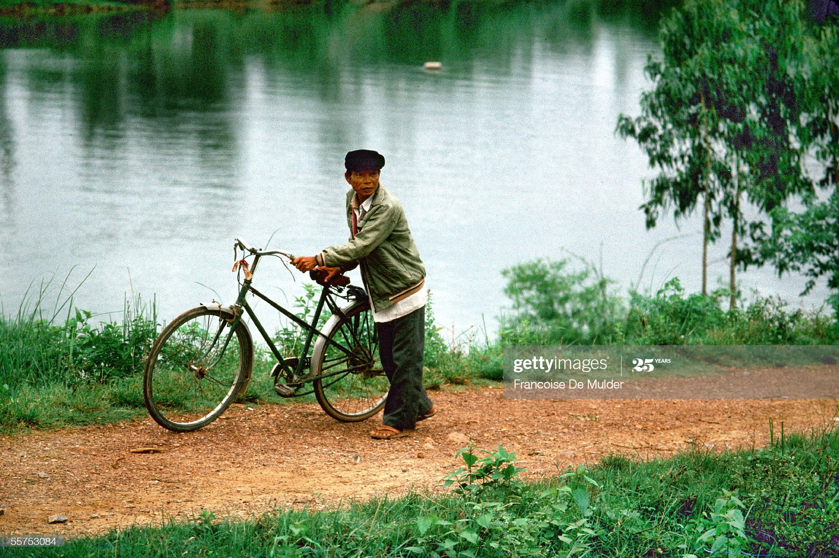 """Chan dung day """"than thai"""" cua nguoi Ha Noi nam 1989-Hinh-7"""