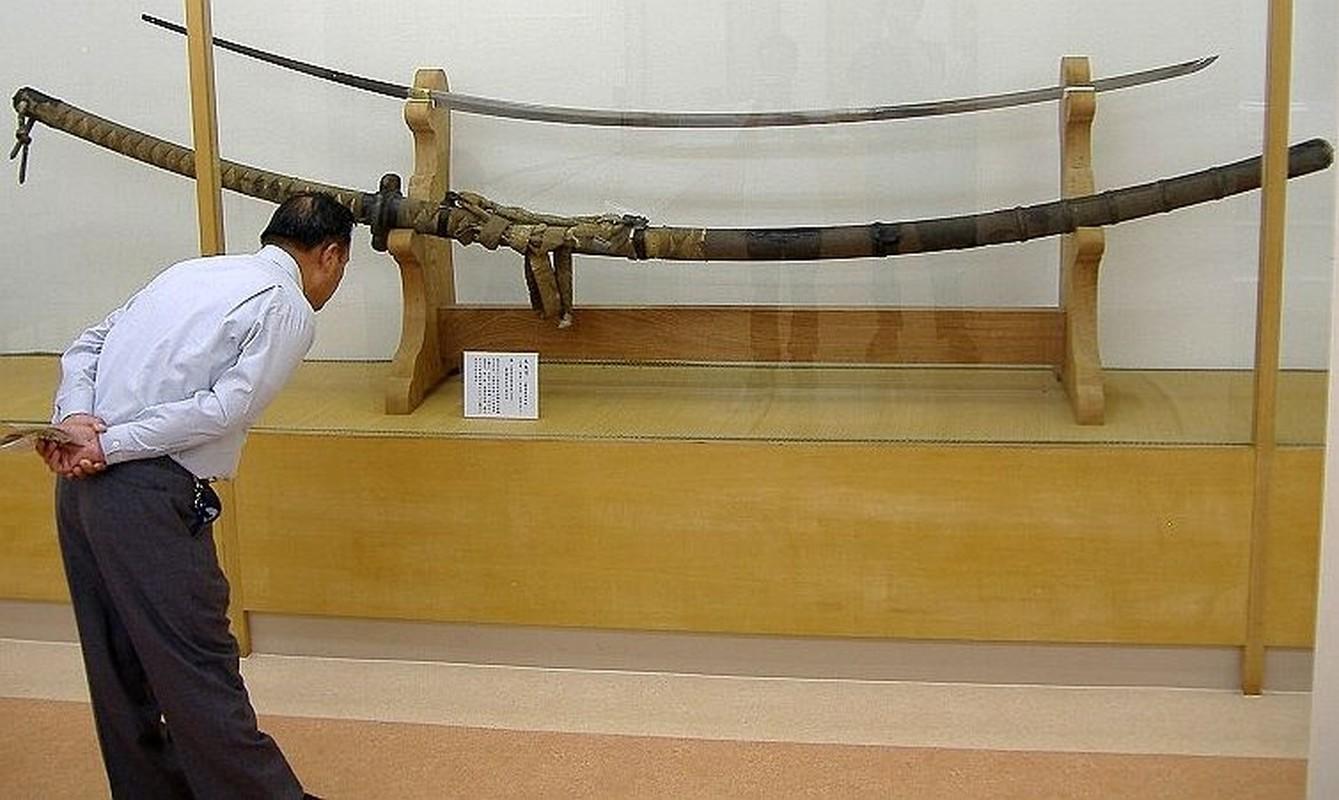 Kham pha loai kiem dai nhat trong lich su Nhat Ban-Hinh-2