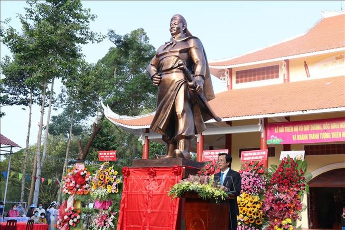 Doi binh trau co 1-0-2 su Viet cua Thien Ho Duong-Hinh-3