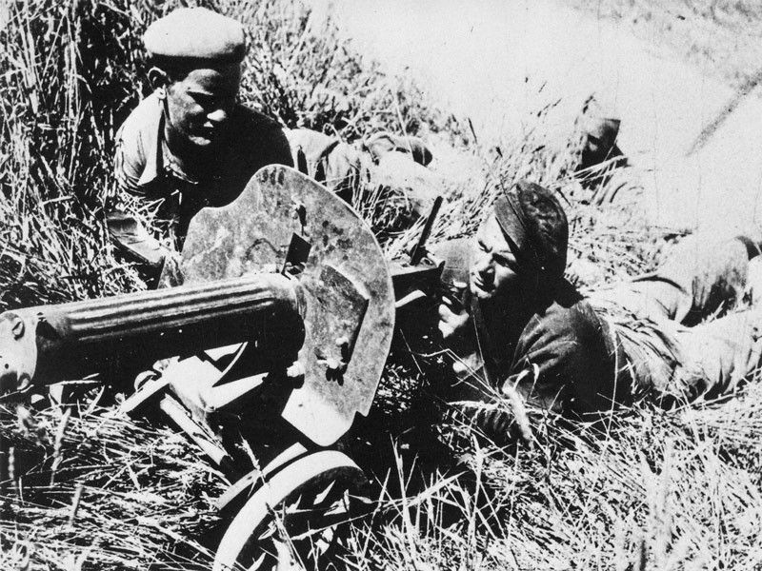 Kinh hoang vu nem bom vao cho phien rung dong the gioi 1936