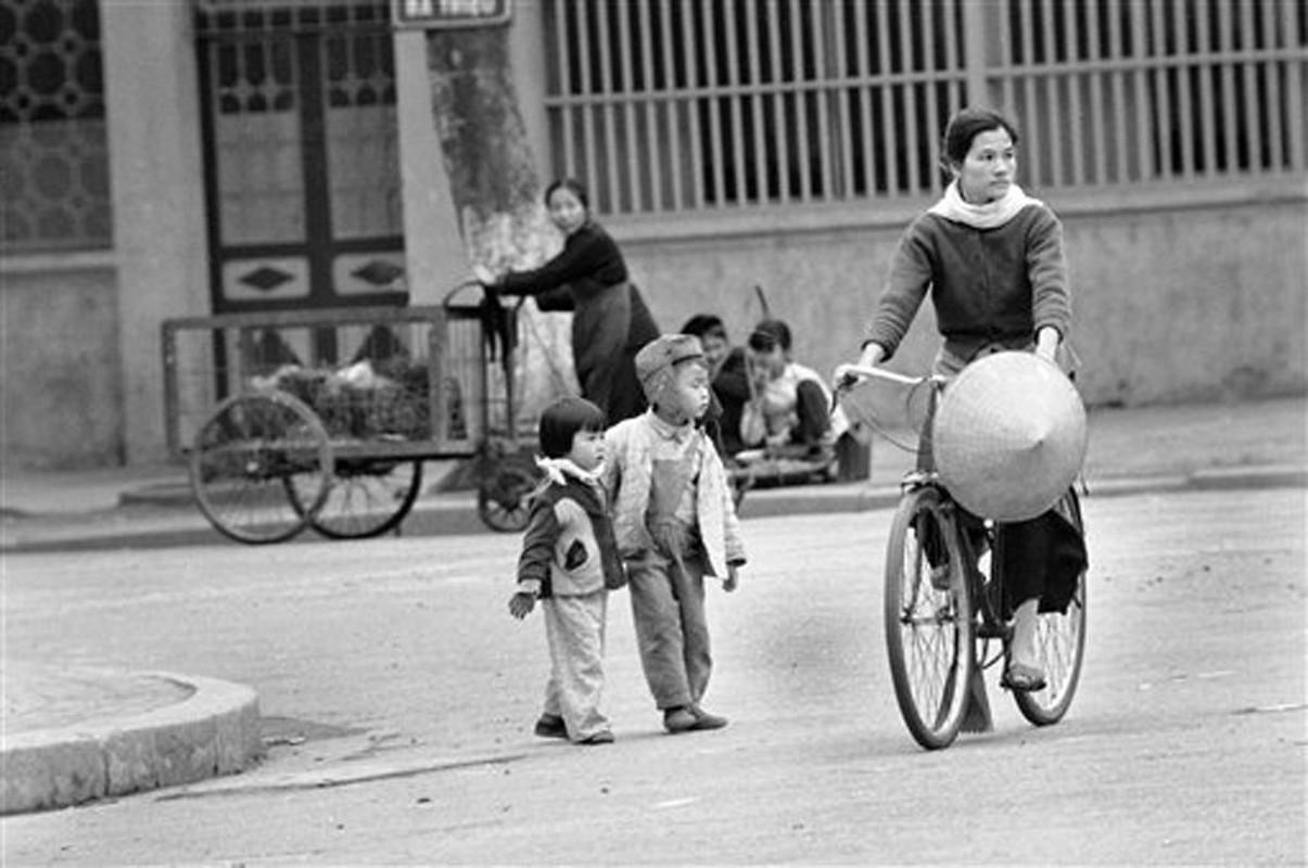Cuoc song o Ha Noi nam 1973 qua anh cua Horst Faas (1)-Hinh-3